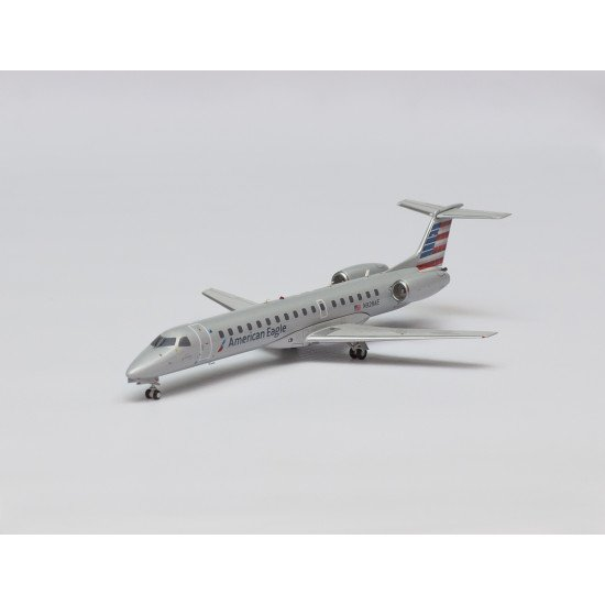 Модель самолета Embraer ERJ-145 American Eagle (New Colors) N928AE